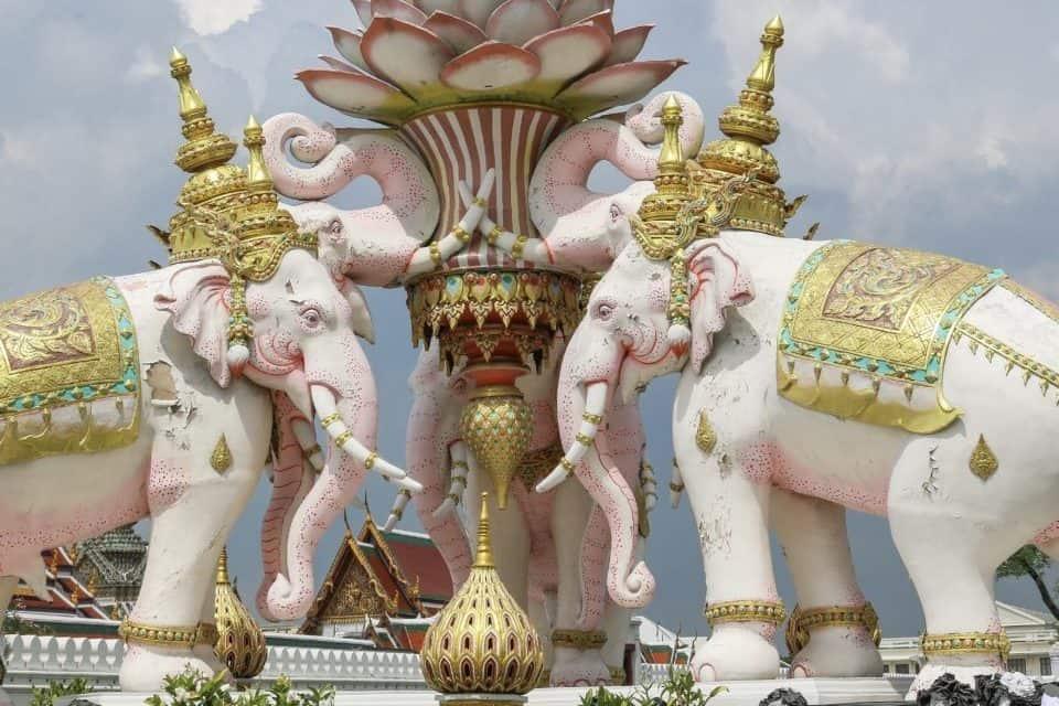 Elefantes da Tailândia e suas simbologias